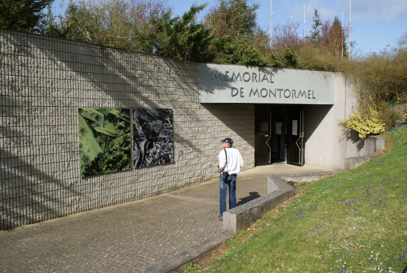 Musée WW2 - Mémorial de Montormel - La Bataille de la Poche de Falaise. ( Normandie ) Jeepy_10