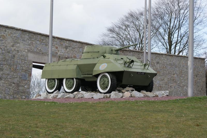 Musée WW2 - Mémorial de Montormel - La Bataille de la Poche de Falaise. ( Normandie ) Jeepy_13