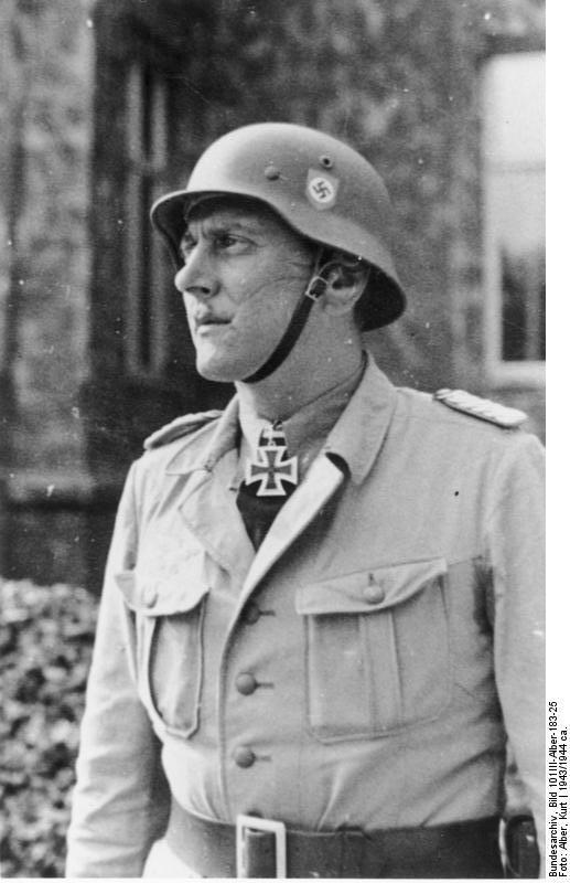 Colonel Otto Skorzeny. Skorze10