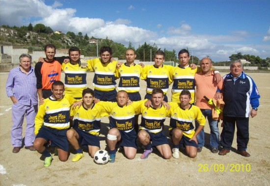 Campionato di calcio II categoria anno 2010/2011 Real_m10