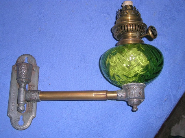 lampe à pétrole murale pyrogène Lampe_10