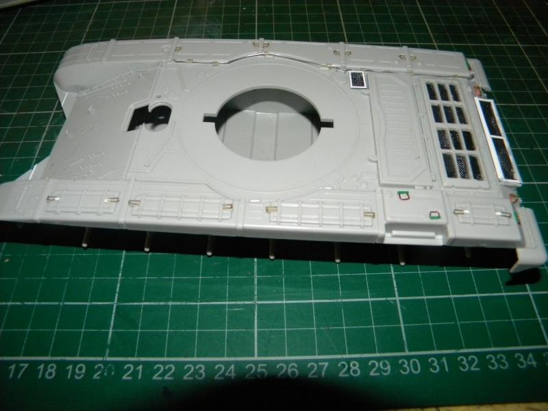T-72 montage terminé Tr72m_10