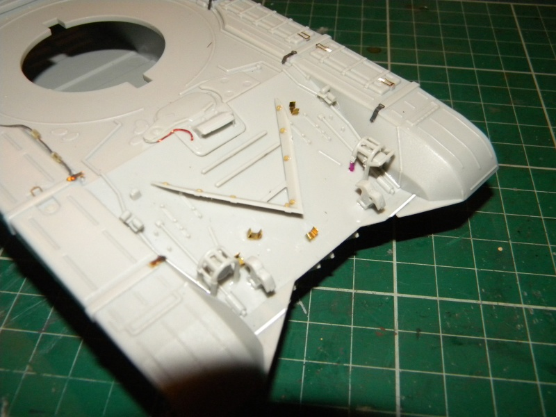 T-72 montage terminé - Page 2 Tr72m_12