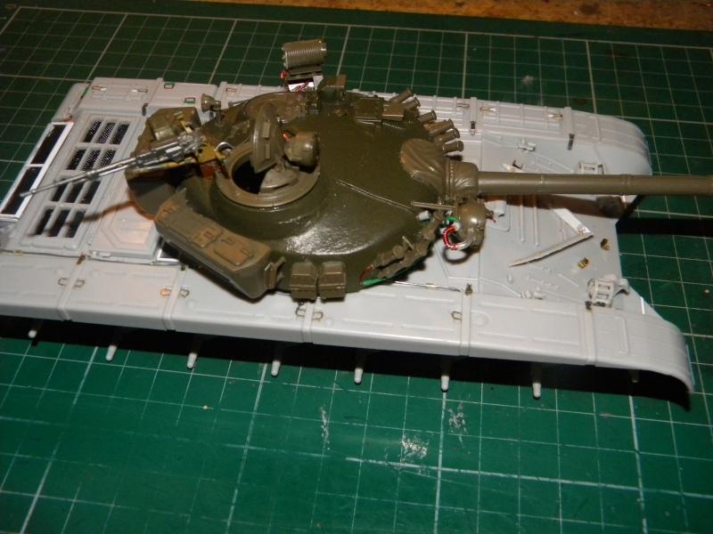 T-72 montage terminé - Page 2 Tr72m_15