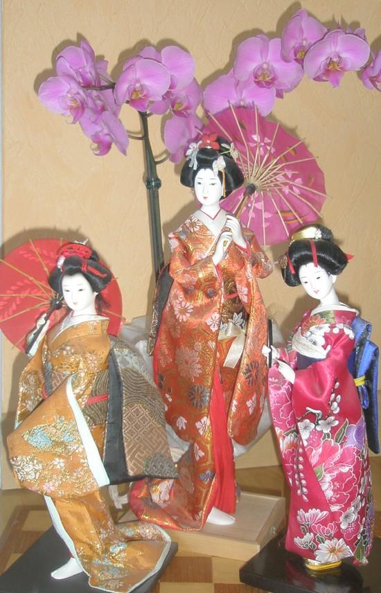 Mes poupées Geisha ???!!!! N710