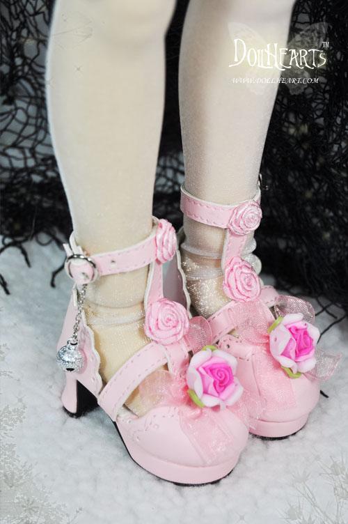 L'anti-chambre de mes Kayes Wiggs !!! Shoes10