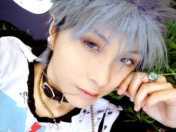 Cosplay Homme. - Page 3 Shin_o10