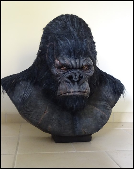Kong lifesize bust Kong_129