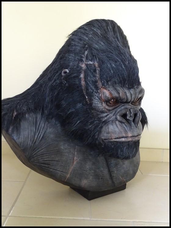 Kong lifesize bust Kong_131