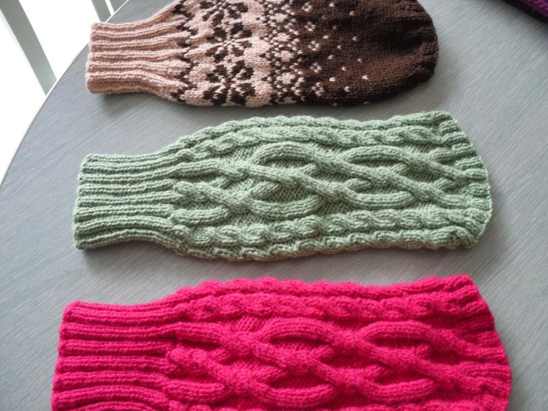Manteaux en laine avec pattes pour petits chiens. Sam_0014