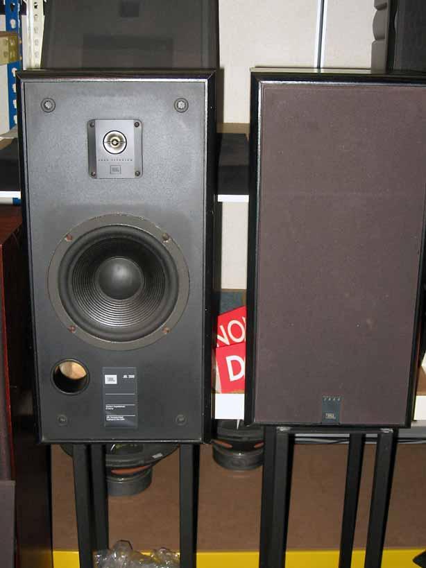 jbl 2800 speaker used. Black Bedroom Furniture Sets. Home Design Ideas