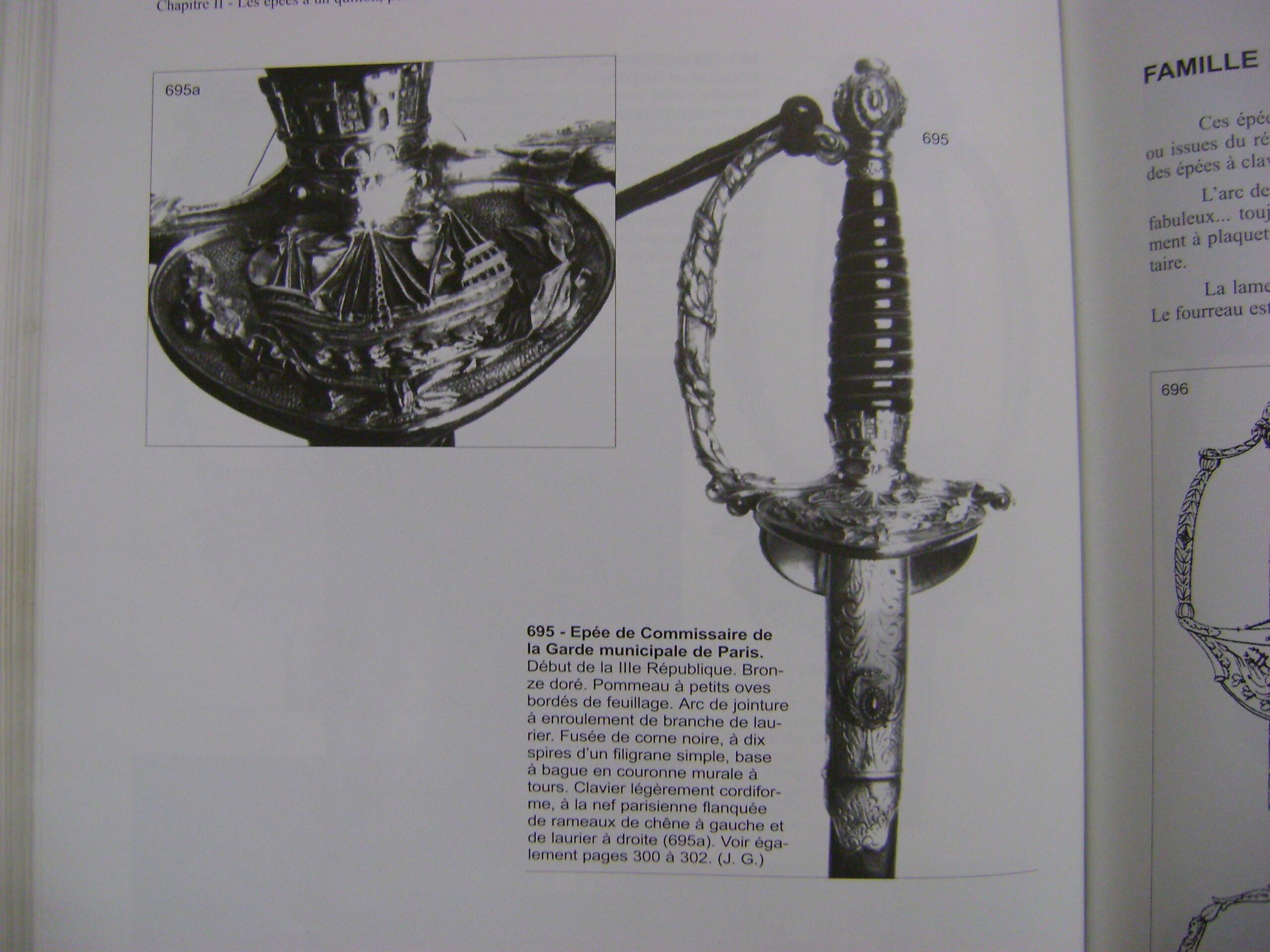 Paris police swords. Dsc04810