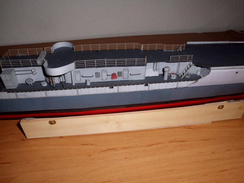 """Zerstörer """"Bristol"""" vom YG-Verlag 1:100 gebaut von Herbert Dsci9610"""
