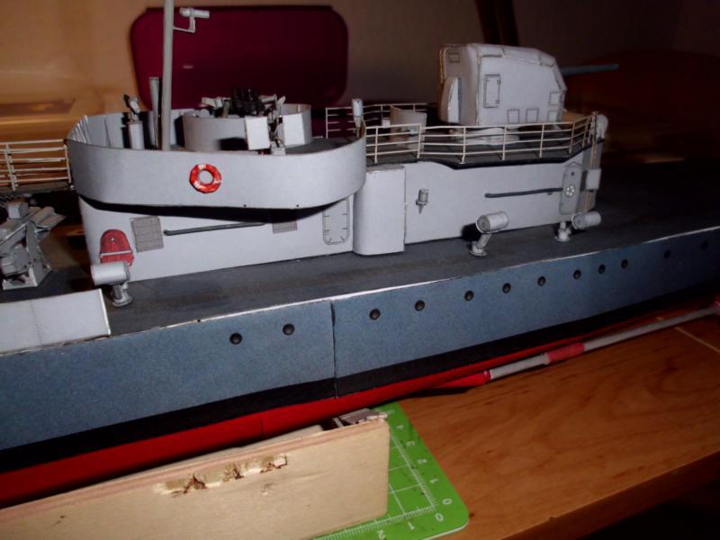 """Zerstörer """"Bristol"""" vom YG-Verlag 1:100 gebaut von Herbert - Seite 2 Dsci9830"""