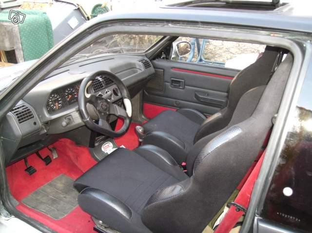 [manu17] 205 GTI 1.9L 130cv Rouge Lucifer 1989 07077910
