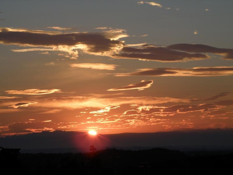 Lever de soleil sur les Alpes  Marcla31