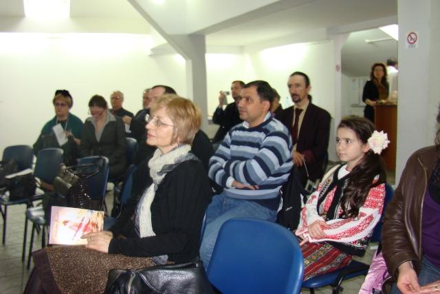 """Lansare de carte-""""Pe muchia instabila dintre existenţă şi neant"""" -Valentina Becart Becart23"""