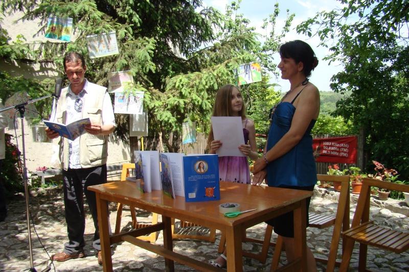 """Sărbătoarea Copilăriei-eveniment organizat de Asociatia Universul Prieteniei si Lansare de carte """"Printul Andrico""""-Adelina Ciocan-01 iunie 2011 Bojdea26"""