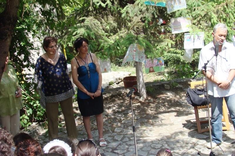 """Sărbătoarea Copilăriei-eveniment organizat de Asociatia Universul Prieteniei si Lansare de carte """"Printul Andrico""""-Adelina Ciocan-01 iunie 2011 Bojdea28"""