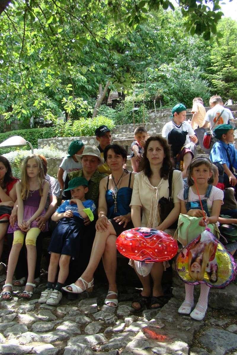 """Sărbătoarea Copilăriei-eveniment organizat de Asociatia Universul Prieteniei si Lansare de carte """"Printul Andrico""""-Adelina Ciocan-01 iunie 2011 Bojdea44"""