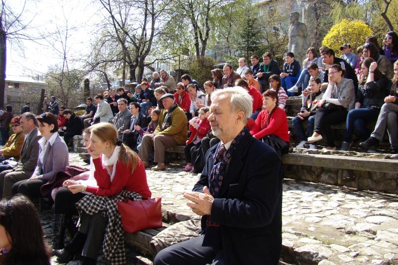 """Concursul Naţional """"Ion Creangă"""" de creaţie literară """"POVEŞTI-16/17 aprilie 2011 Bojdeu17"""