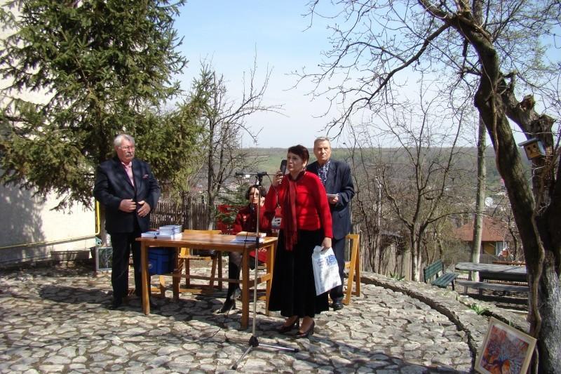 """Concursul Naţional """"Ion Creangă"""" de creaţie literară """"POVEŞTI-16/17 aprilie 2011 Bojdeu18"""