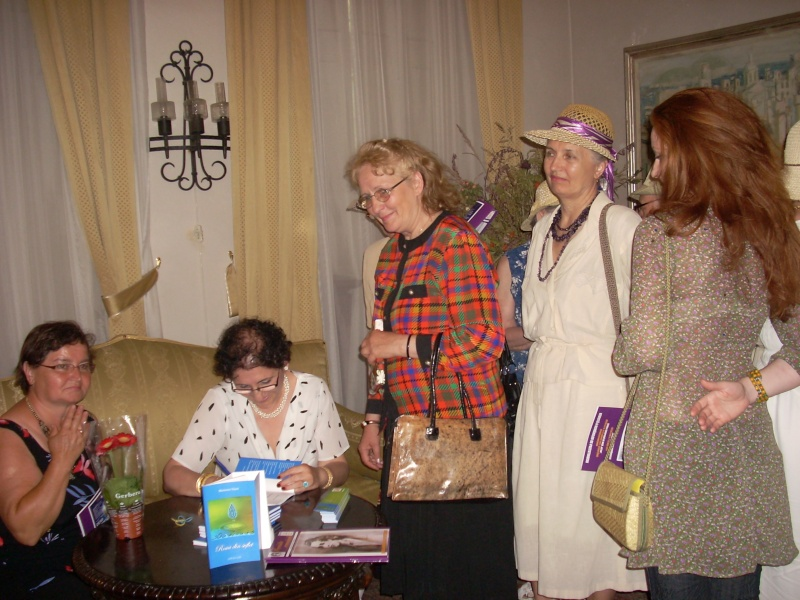 18 iunie 2011-Sedinta a XIV A Cenaclului U.P.-Lansare de carte Marioara Visan si Silvia Goteanschii,lectura publica Vasilian Dobos Cenac101