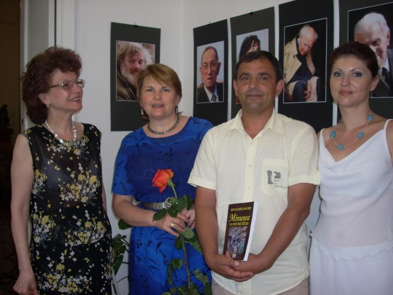 18 iunie 2011-Sedinta a XIV A Cenaclului U.P.-Lansare de carte Marioara Visan si Silvia Goteanschii,lectura publica Vasilian Dobos Cenac108