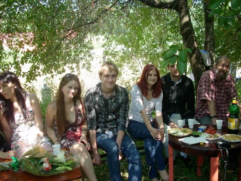 18 iunie 2011-Sedinta a XIV A Cenaclului U.P.-Lansare de carte Marioara Visan si Silvia Goteanschii,lectura publica Vasilian Dobos Cenac124