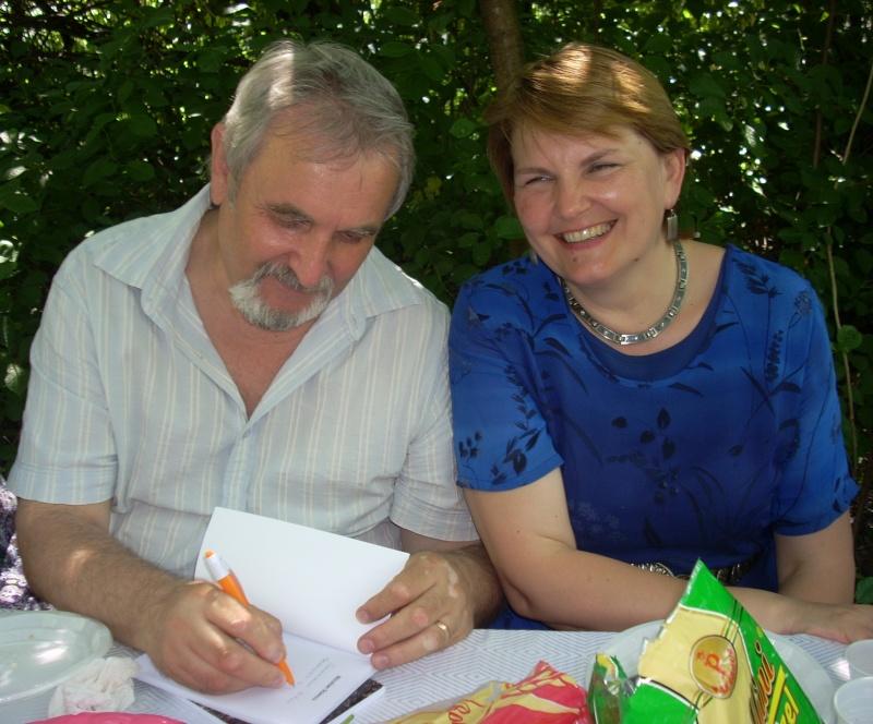 18 iunie 2011-Sedinta a XIV A Cenaclului U.P.-Lansare de carte Marioara Visan si Silvia Goteanschii,lectura publica Vasilian Dobos Cenac125