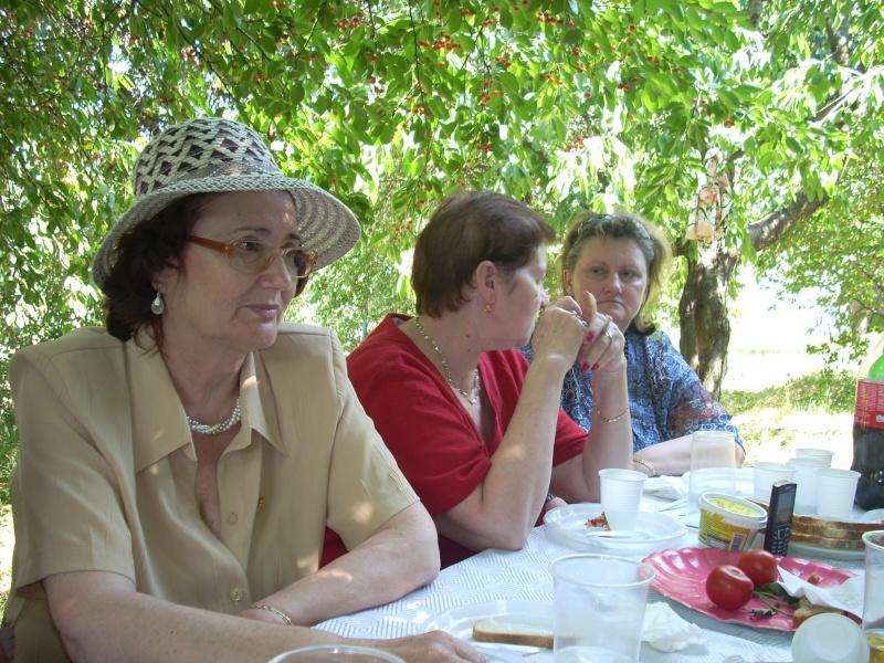 18 iunie 2011-Sedinta a XIV A Cenaclului U.P.-Lansare de carte Marioara Visan si Silvia Goteanschii,lectura publica Vasilian Dobos Cenac128