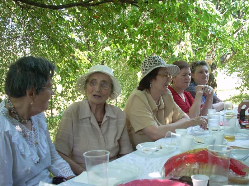 18 iunie 2011-Sedinta a XIV A Cenaclului U.P.-Lansare de carte Marioara Visan si Silvia Goteanschii,lectura publica Vasilian Dobos Cenac132