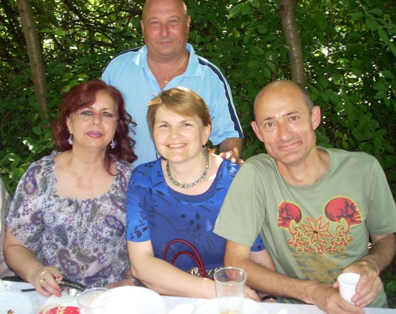 18 iunie 2011-Sedinta a XIV A Cenaclului U.P.-Lansare de carte Marioara Visan si Silvia Goteanschii,lectura publica Vasilian Dobos Cenac133