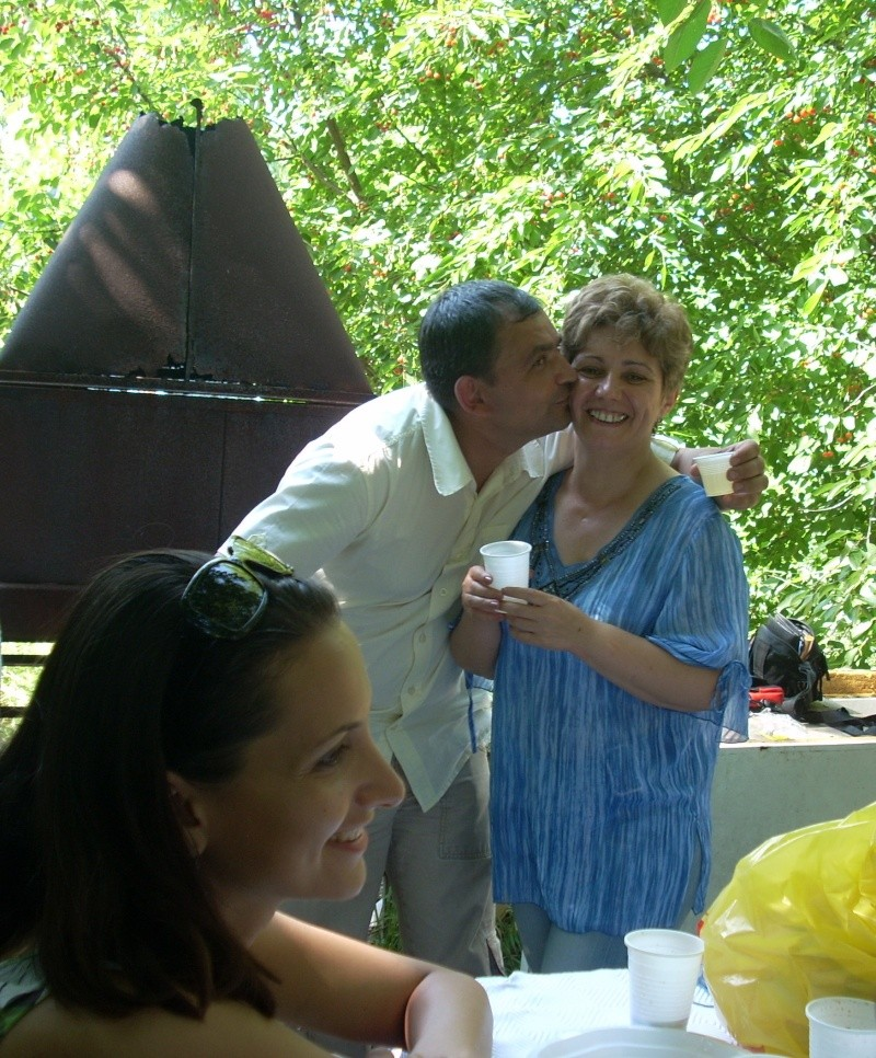 18 iunie 2011-Sedinta a XIV A Cenaclului U.P.-Lansare de carte Marioara Visan si Silvia Goteanschii,lectura publica Vasilian Dobos Cenac135