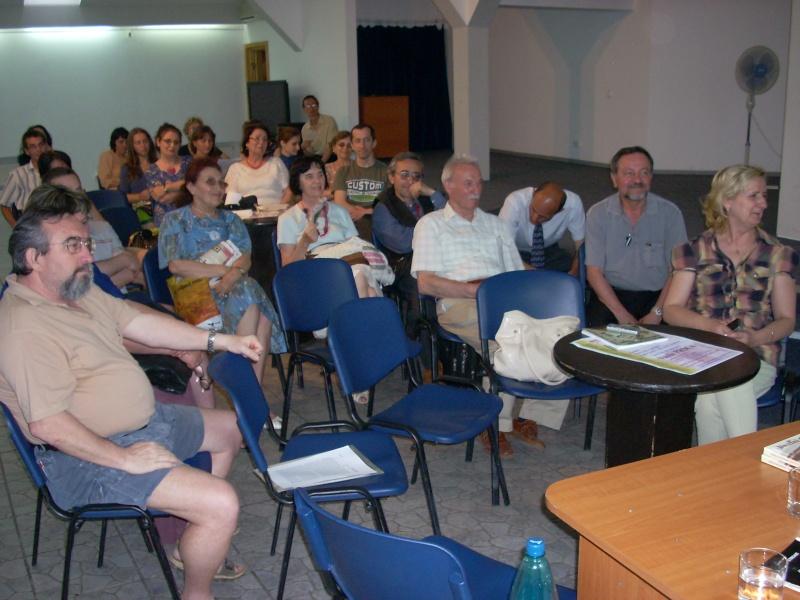 Cenaclul Junimea Noua-Sedinta Nr 10.Lectura publica-Liviu Apetroaie-02 iunie 2011 Cenacl55
