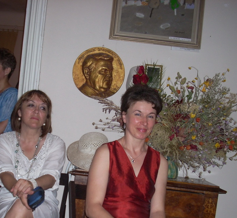 18 iunie 2011-Sedinta a XIV A Cenaclului U.P.-Lansare de carte Marioara Visan si Silvia Goteanschii,lectura publica Vasilian Dobos Cenacl75