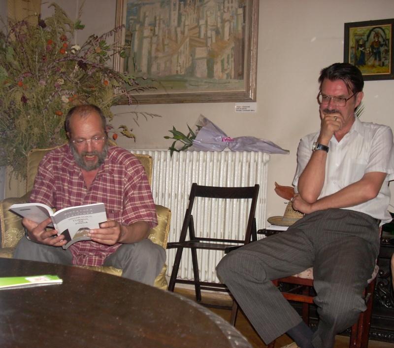 18 iunie 2011-Sedinta a XIV A Cenaclului U.P.-Lansare de carte Marioara Visan si Silvia Goteanschii,lectura publica Vasilian Dobos Cenacl78