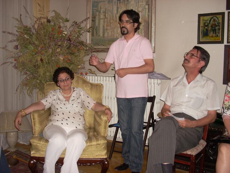 18 iunie 2011-Sedinta a XIV A Cenaclului U.P.-Lansare de carte Marioara Visan si Silvia Goteanschii,lectura publica Vasilian Dobos Cenacl79