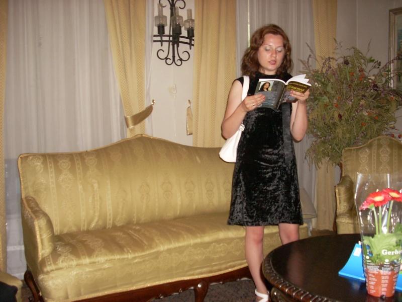 18 iunie 2011-Sedinta a XIV A Cenaclului U.P.-Lansare de carte Marioara Visan si Silvia Goteanschii,lectura publica Vasilian Dobos Cenacl80