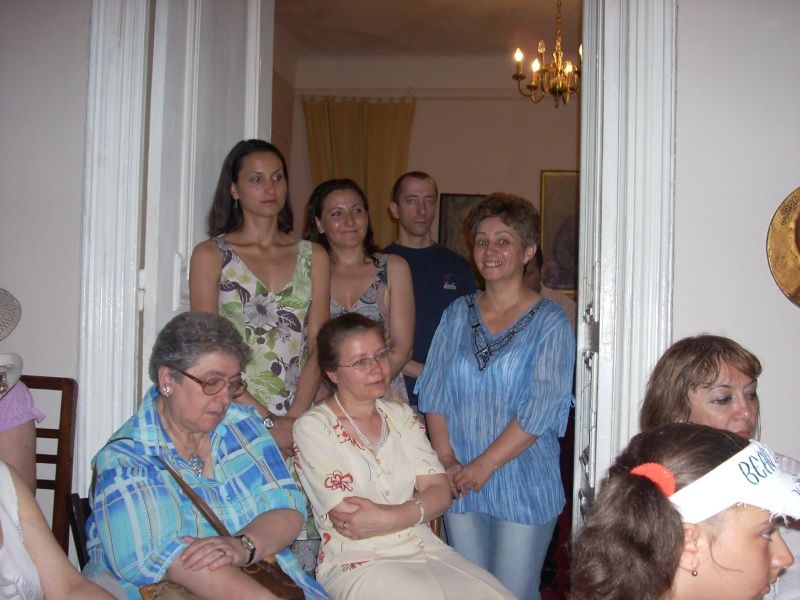18 iunie 2011-Sedinta a XIV A Cenaclului U.P.-Lansare de carte Marioara Visan si Silvia Goteanschii,lectura publica Vasilian Dobos Cenacl87