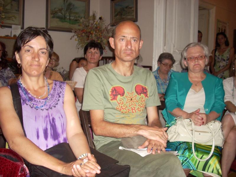 18 iunie 2011-Sedinta a XIV A Cenaclului U.P.-Lansare de carte Marioara Visan si Silvia Goteanschii,lectura publica Vasilian Dobos Cenacl97