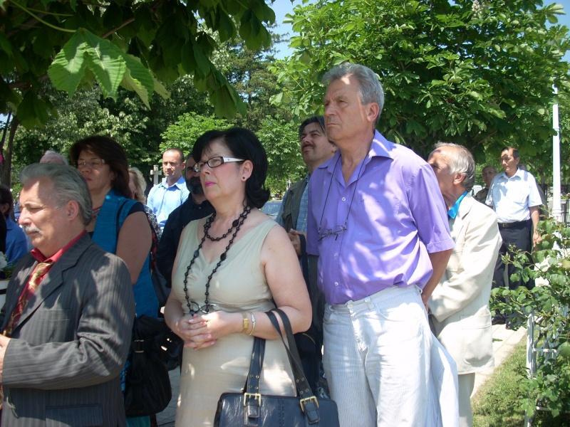 """FESTIVALUL NAŢIONAL DE POEZIE """"CEZAR IVĂNESCU""""-21 - 24 mai 2011 Cezar_21"""
