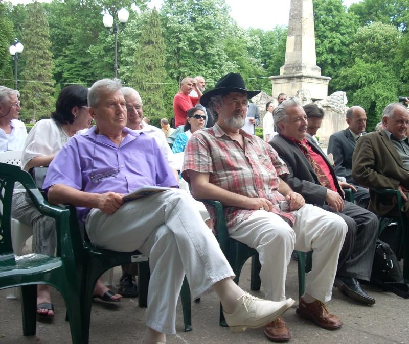 """FESTIVALUL NAŢIONAL DE POEZIE """"CEZAR IVĂNESCU""""-21 - 24 mai 2011 Cezar_27"""