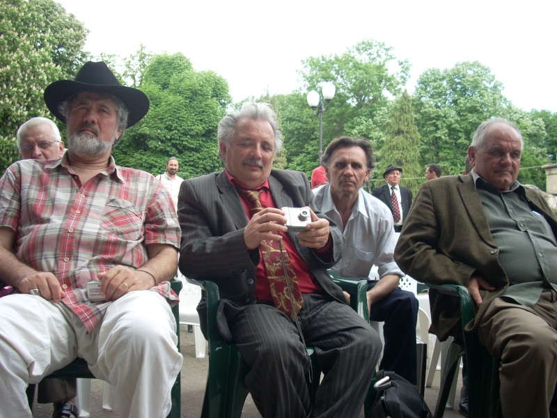 """FESTIVALUL NAŢIONAL DE POEZIE """"CEZAR IVĂNESCU""""-21 - 24 mai 2011 Cezar_28"""