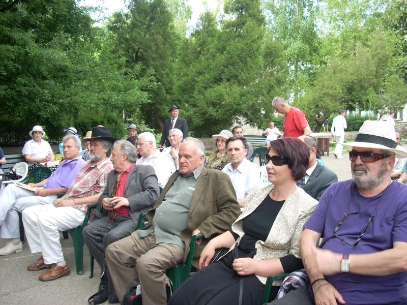 """FESTIVALUL NAŢIONAL DE POEZIE """"CEZAR IVĂNESCU""""-21 - 24 mai 2011 Cezar_30"""