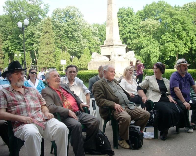 """FESTIVALUL NAŢIONAL DE POEZIE """"CEZAR IVĂNESCU""""-21 - 24 mai 2011 Cezar_38"""