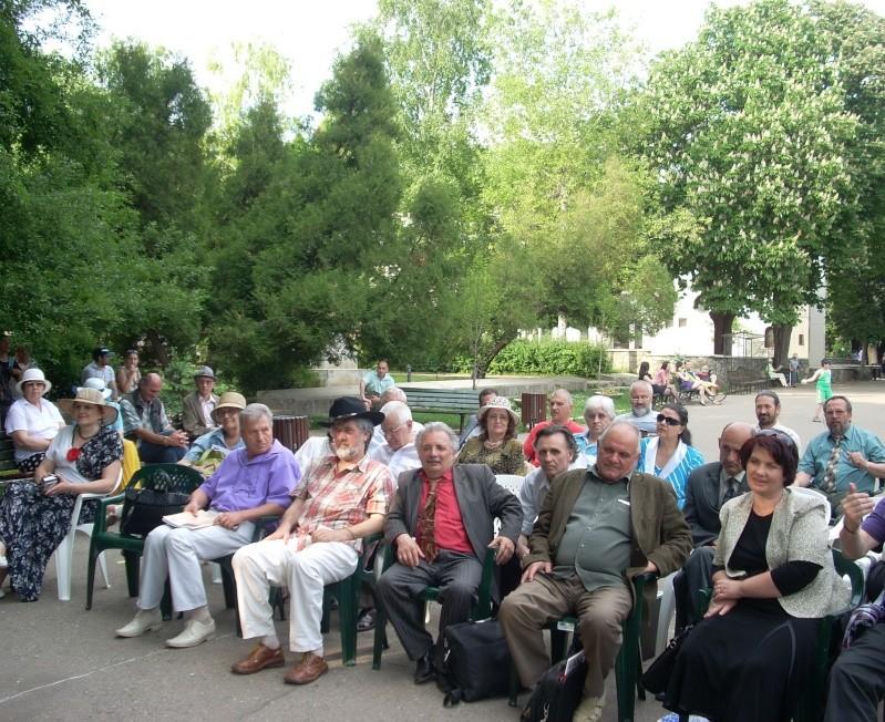 """FESTIVALUL NAŢIONAL DE POEZIE """"CEZAR IVĂNESCU""""-21 - 24 mai 2011 Cezar_40"""