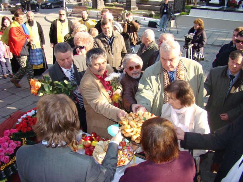 "Festivalul Internaţional de Poezie ""Grigore Vieru""-Iasi si Chisinau- editia 2010  Chisin14"