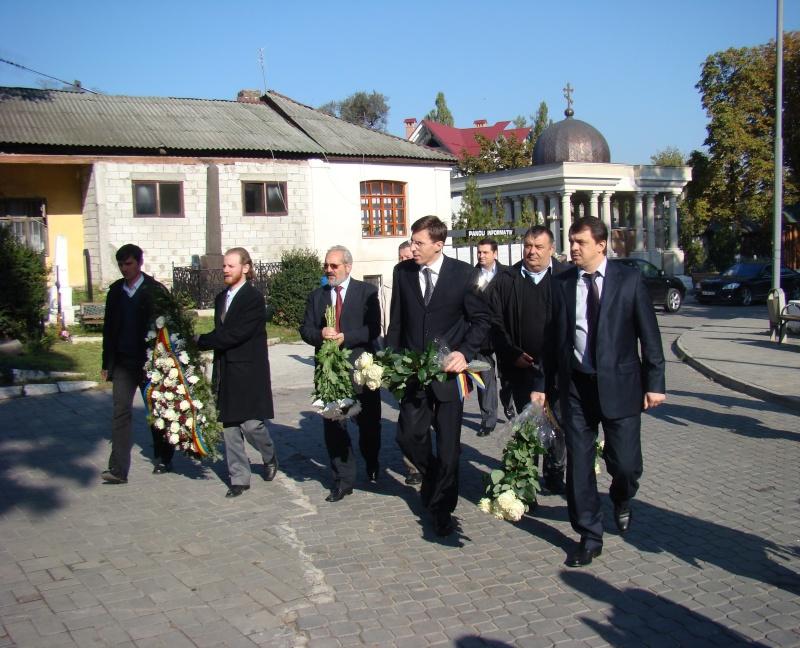 "Festivalul Internaţional de Poezie ""Grigore Vieru""-Iasi si Chisinau- editia 2010  Chisin16"