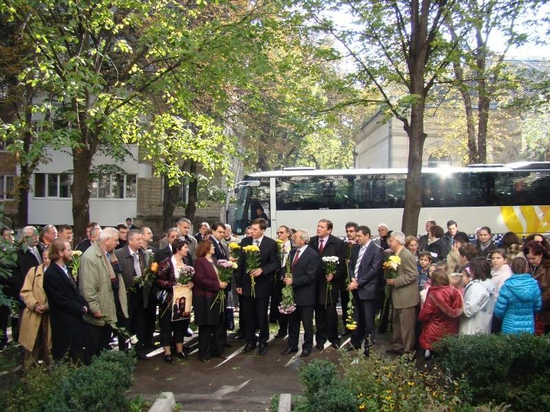 "Festivalul Internaţional de Poezie ""Grigore Vieru""-Iasi si Chisinau- editia 2010  Chisin21"